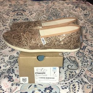 Women's Glitter Rose Gold Toms shoes size 7